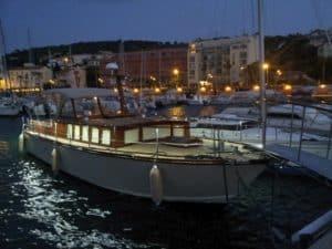 Demande de réservation bateau habitable en location pour vacances.