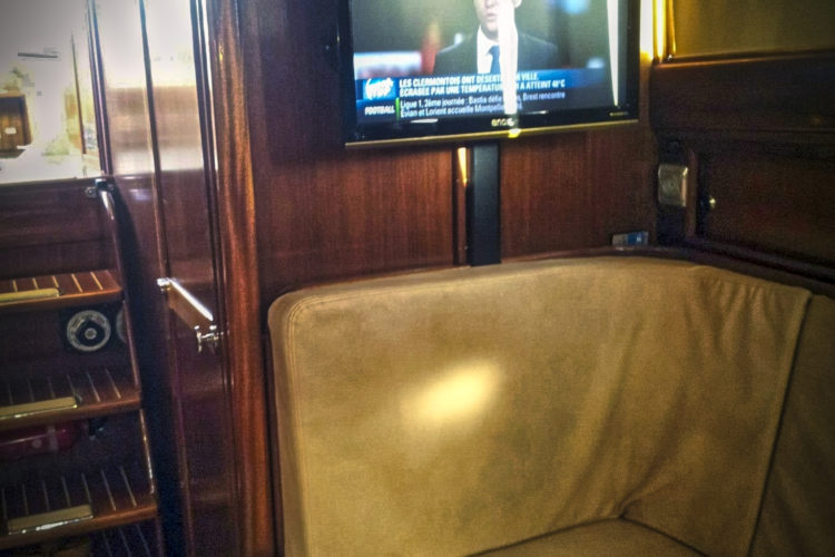TV et internet bateau location