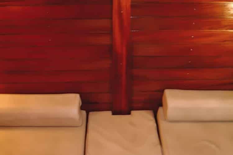 Cabine arrière double lits simples