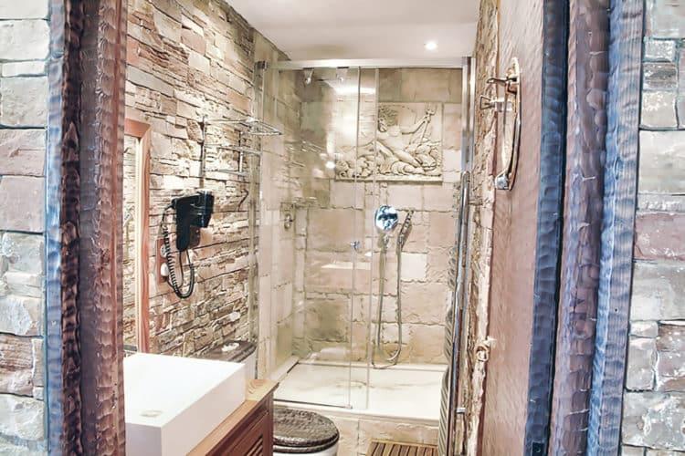 location de vacances avec douche italienne