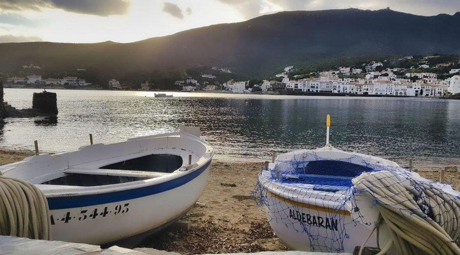 Barques minorquine à Cadaqués