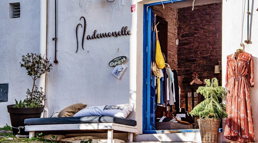 Petite boutique commerçante à Cadaqués