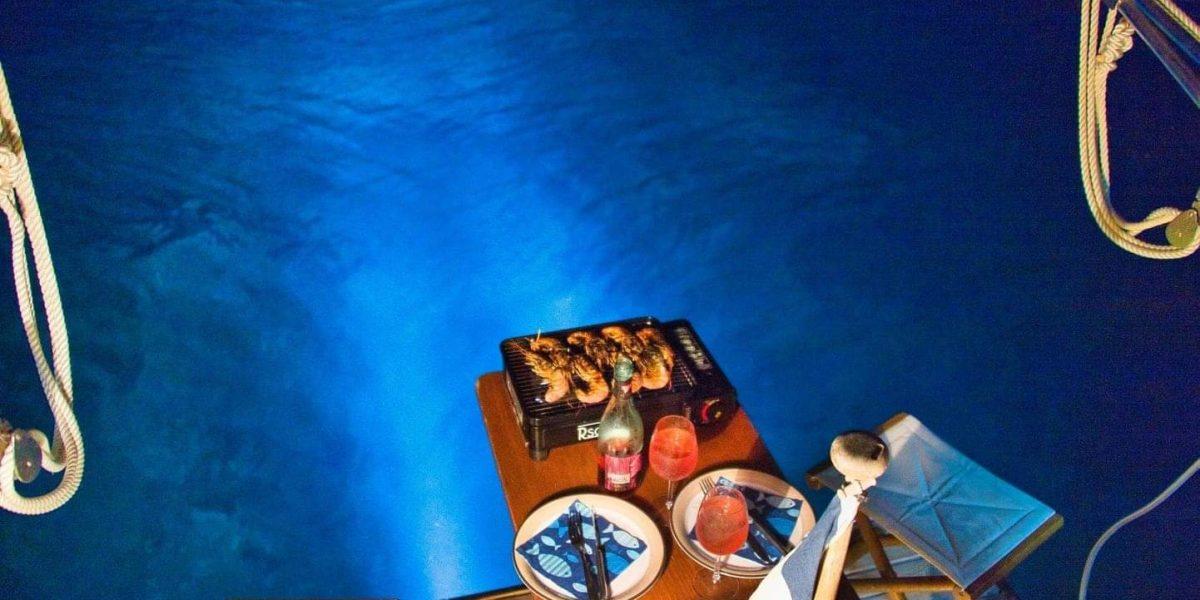 manger au bord de l'eau