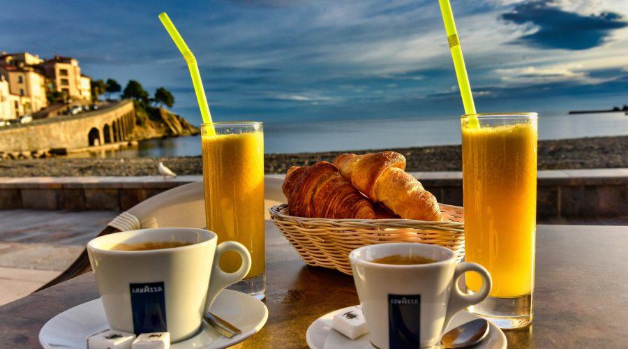Petit déjeuner à Banyuls-sur-Mer