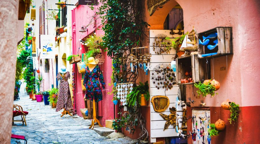 Ruelle commerçante Collioure