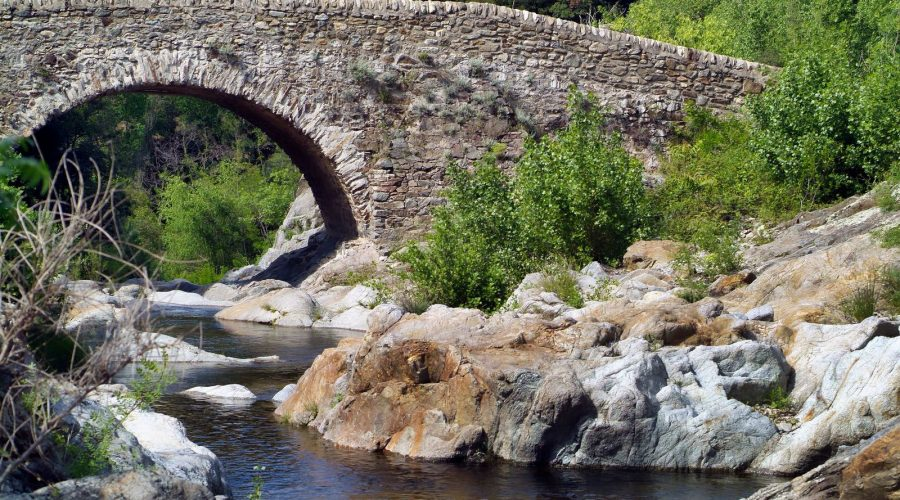 Rivières des basses cluses près du Perthus